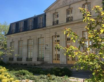 Vue du jardin du Pavillon Vendôme © Office de Tourisme de Clichy-la-Garenne