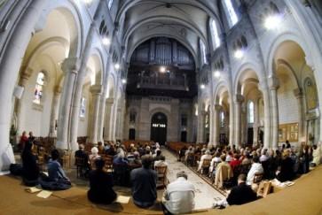 La nef - l'orgue au fond © Ville de Clichy